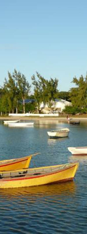Grand Gaube beach and boats